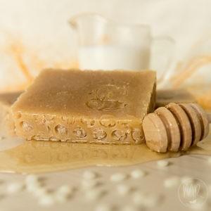 Naturalne mydło miodowe