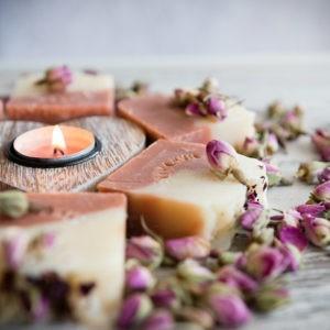 Naturalne mydło różane