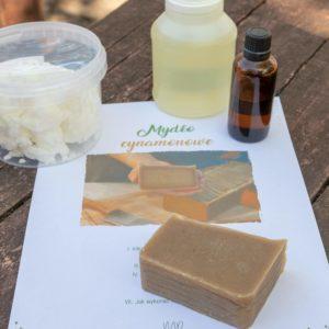 zestaw składników do mydła cynamonowego
